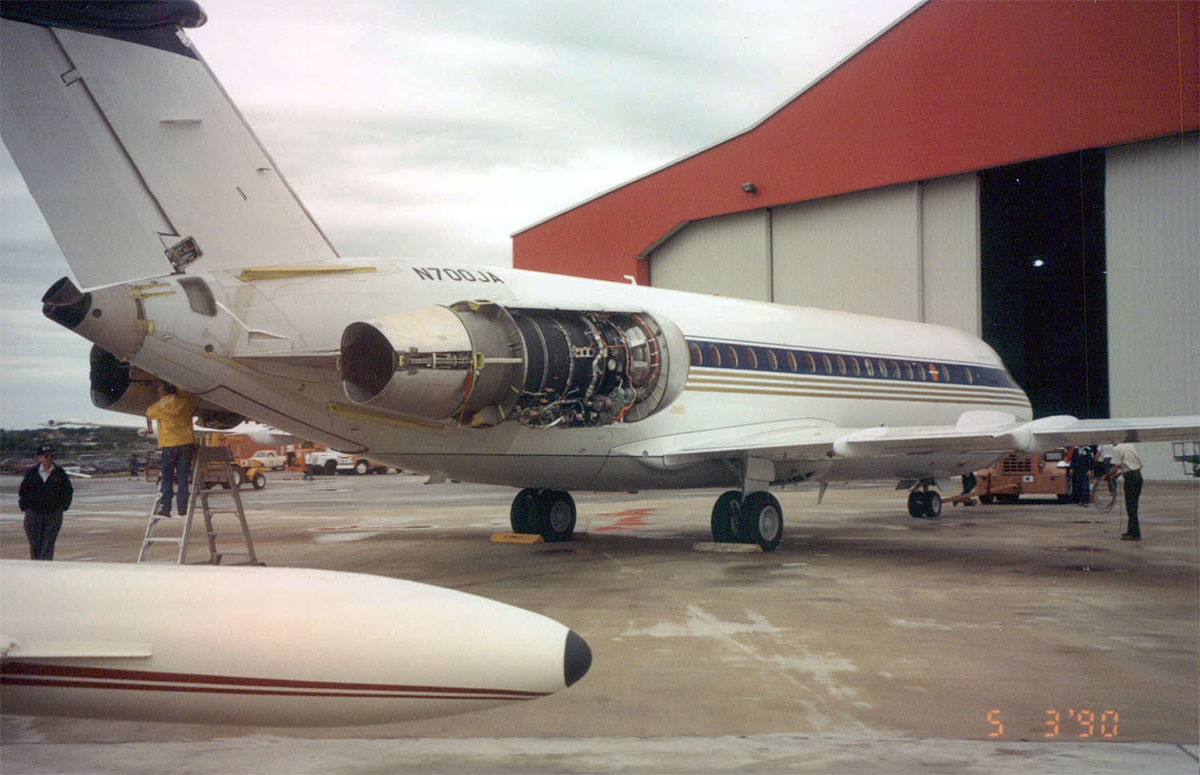 DHC-BAC1-11-RR-Tay-Re-Engine-0014.jpg